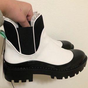 Zara chunky black n white boots
